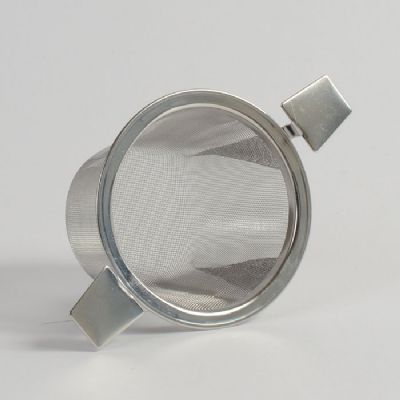 Two-armed steel strainer